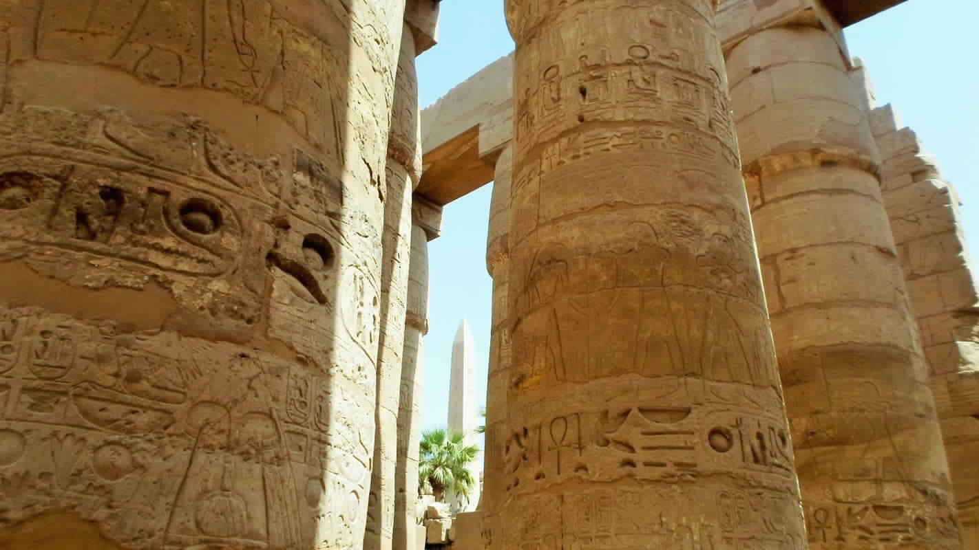 Looking for the Best Luxor Tour From Hurghada? Take our Daily Luxor Day Trip from Hurghada To Visit the Top Attractions of Luxor Such as The Valley of the kings, the Karnak & Luxor Temples with Private Guide.Best Price Guarantee.Book Now , Treasures of Egypt tours