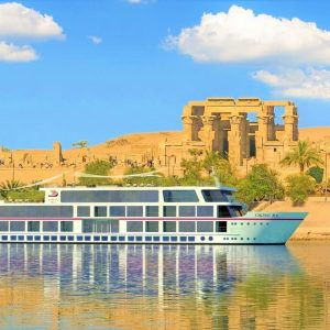 Nile cruise with the temples in egypt