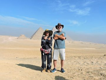 Full Day Pyramids of Giza & Sphinx & the Egyptian Museum, Pyramids of Giza and Great Sphinx Half Day Tour, Essential Egypt Tour -Cairo & The Nile