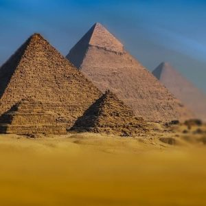 pyramids of giza Look at Egypt tours